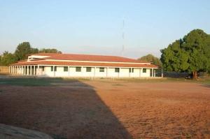 Bildungszentrum im Morgenlicht